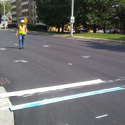 line-painting-municipal-arrows